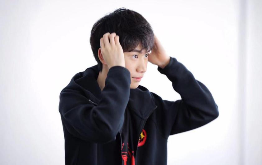Faker第一 Uzi第七!韩网评选历史Top10选手  第5张
